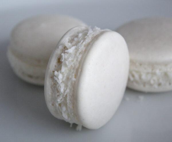 Coconut Cream Macaron