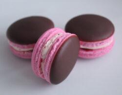 Vegan Chocolate Covered Strawberry Macarons